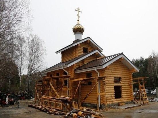 Митрополит Саранский и Мордовский Зиновий посетил строящийся храм в Ковылкино