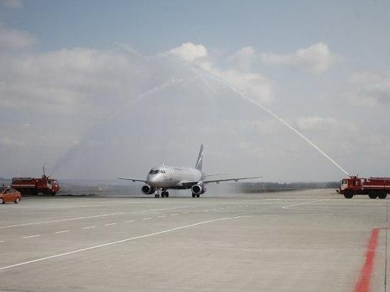 В аэропорту Саранска приземлился первый самолет крупной российской авиакомпании
