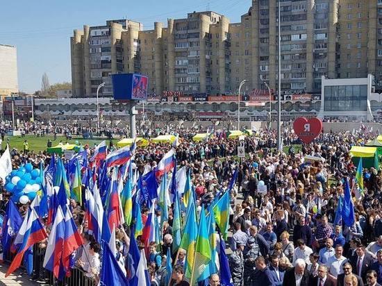 Первомай в Тамбовской области встретили многотысячным шествием