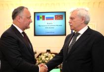 За улучшение отношений с Россией