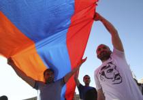 «Потеряли Армению»: на ТВ устроили марш несогласных