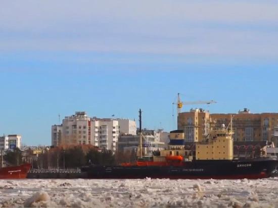 Ледоход в Архангельске (видео)