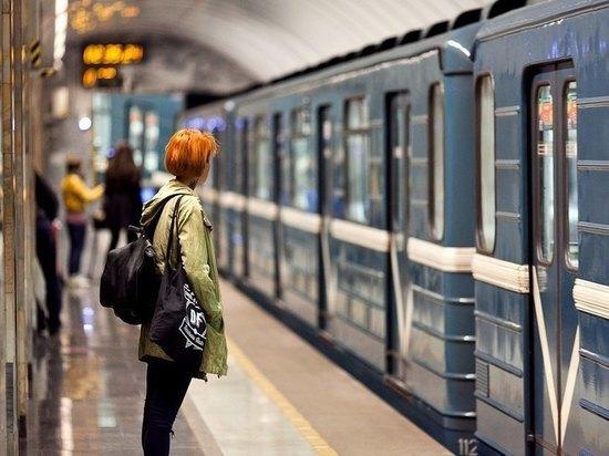 В Питере появилось ночное метро
