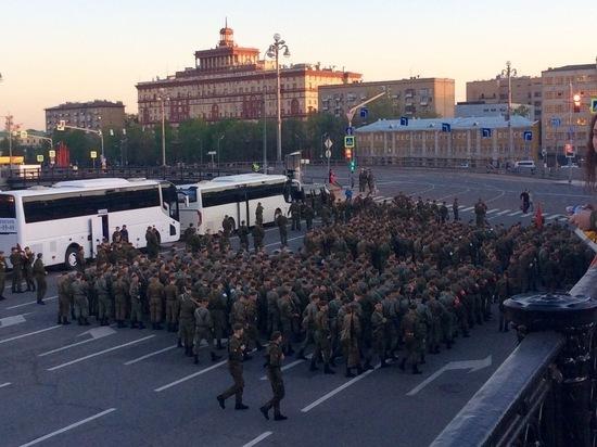Серпуховские курсанты пройдут торжественным маршем на главном параде России (фото)