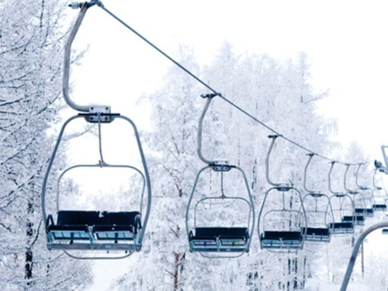 Опасные канатные дороги на горнолыжном курорте в Ундорах закрыли
