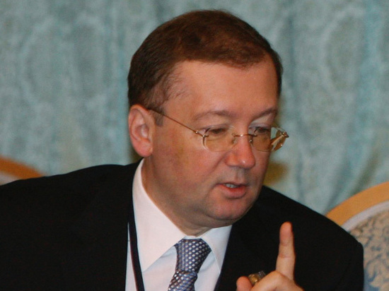 Российский посол отказался встречаться с британскими парламентариями из-за 9 Мая