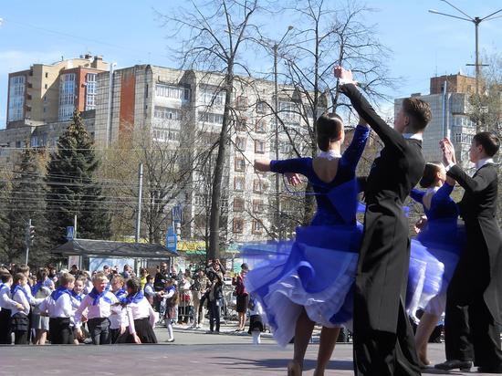 В Пермском крае вновь пройдет танцевальная акция «Вальс победы»