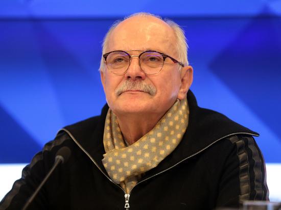 Михалков отреагировал на решение снять выпуск его «Бесогона» с телеэфира