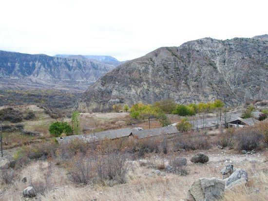 История древнего поселения Эмелта