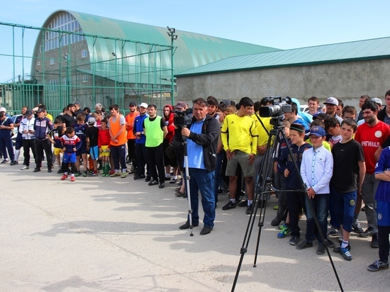 Гумбетовцы провели турнир по мини-футболу «Мы помним, мы гордимся!»