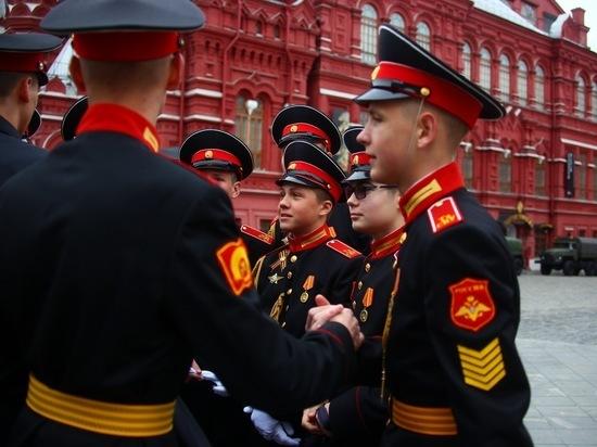 Тверские суворовцы приняли участие в репетиции Парада Победы в Москве