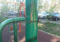 Охотники на качели: злоумышленники стали разбирать на металл детские площадки
