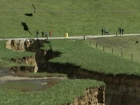 В Новой Зеландии разверзлась земля, раскрыв тайну древнего вулкана