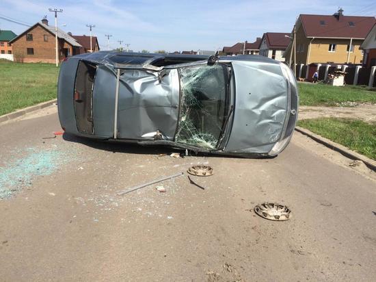 На севере Тамбова столкнулись две легковушки: есть пострадавшие