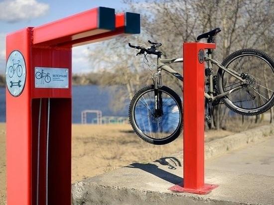 Стойку для велоремонта установили в Нижнем Новгороде на Гребном канале