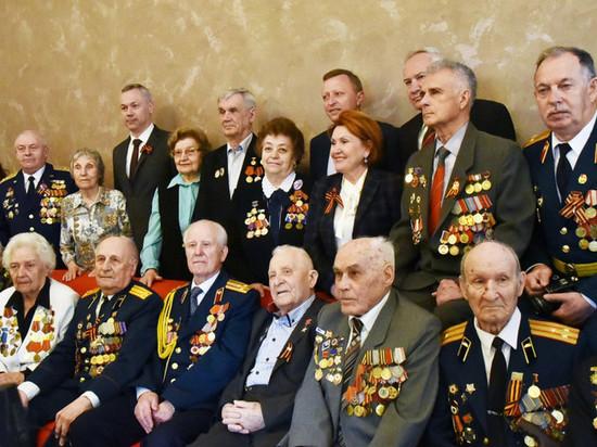 Андрей Травников встретился с ветеранами ВОВ