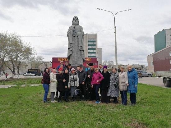 В Рубцовске установили скульптуру Ильи Муромца Печерского