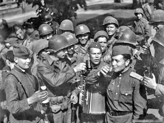 Что ели и пили кубанские казаки, сражающиеся на фронтах Великой Отечественной