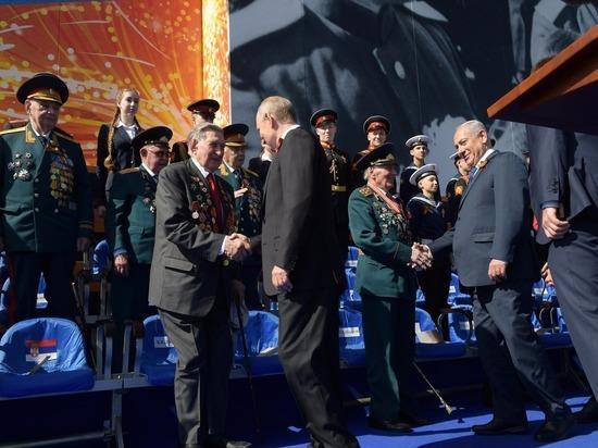 Израильтяне  гордятся  своим премьер-министром поучаствовавшем в параде Победы!