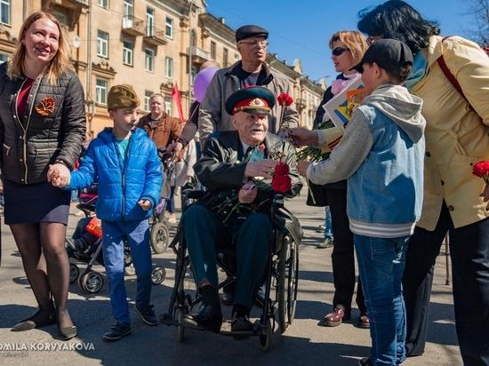 9 мая в лицах: тысячи петрозаводчан собрались в центре города на празднование Дня победы