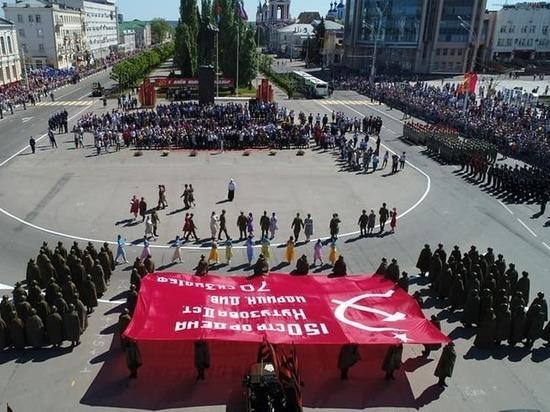 В Тамбове торжественно прошел Парад Победы