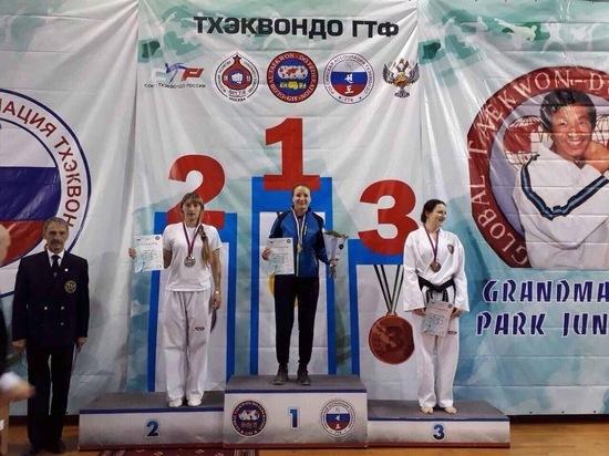 Крымской таможне нет равных: крымчанка стала лучшей на чемпионате РФ по тхэквондо