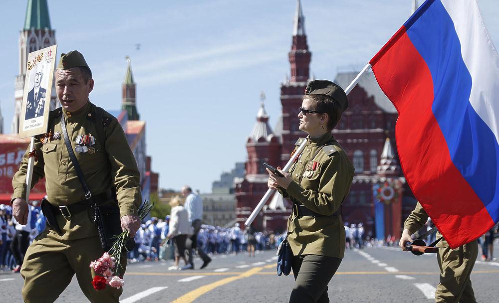 Путин и миллион участников акции «Бессмертный полк» прошли по Москве