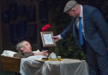 Театр «Школа современной пьесы» захватили еврейские анекдоты