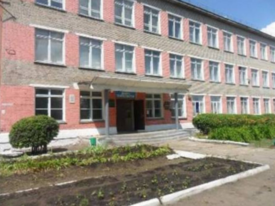 Студент колледжа под Новосибирском открыл стрельбу по одногруппникам