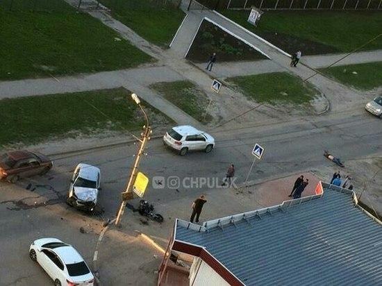 В Ульяновске при столкновении мотоцикла с легковушкой погиб байкер