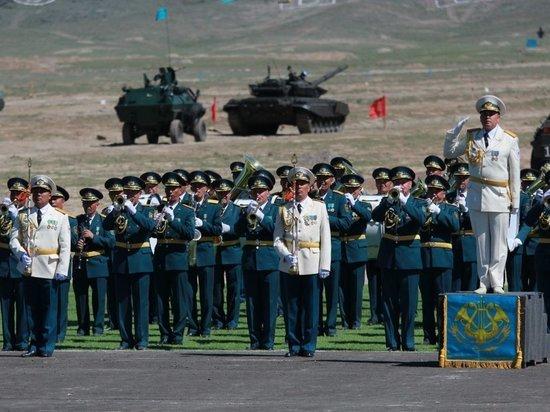 Военные парады - нужны ли они в мирное время и кому?