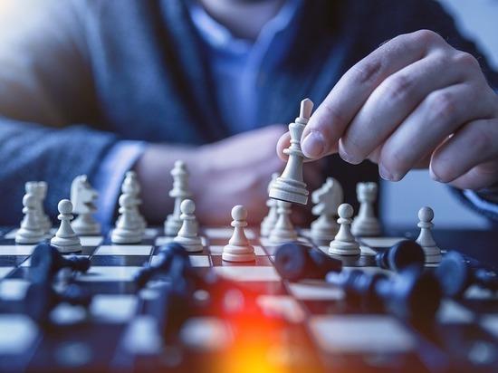 Шахматный турнир в Сургуте не смог принять всех желающих игроков