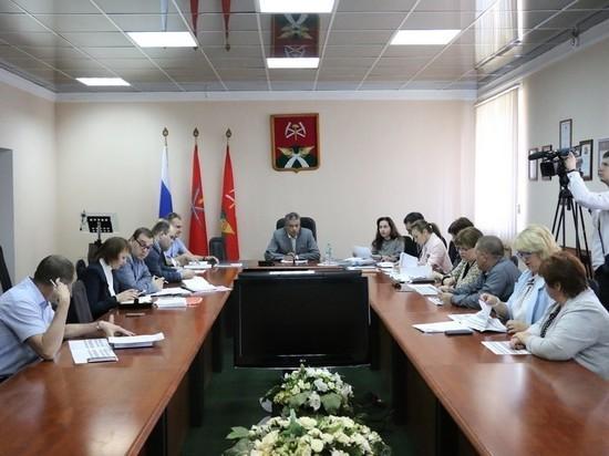 В Новомосковске обсудили ремонт социальных учреждений и дорог