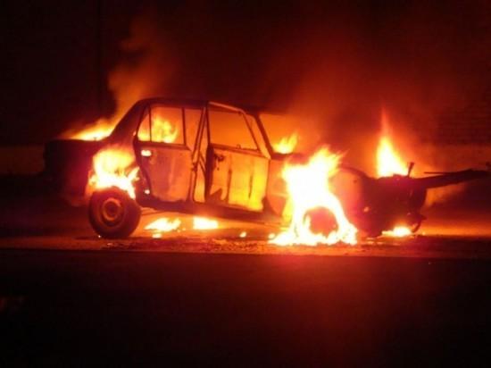 Ночью в Архангельске опять горел автомобиль