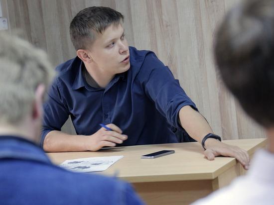 Партии готовятся к муниципальным выборам: ЛДПР призывает молодежь
