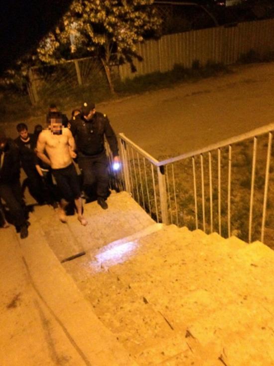 В Астрахани мужчина хотел взорвать дом