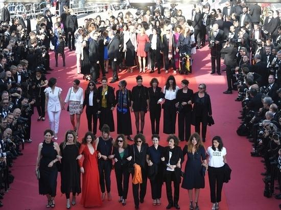 На Каннском кинофестивале кинематографистки во главе с Кейт Бланшетт устроили День Харви Вайнштейна