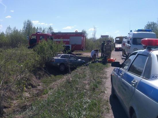В Тверской области лихач отправил Приору в канаву
