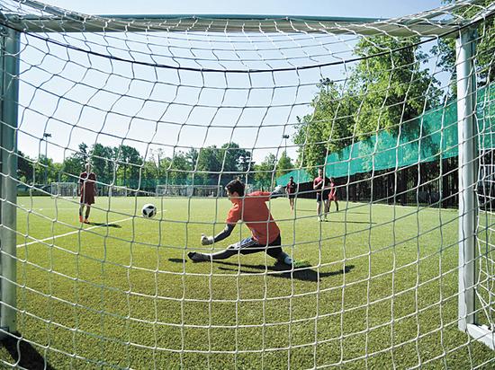 В Москве прошел футбольный турнир-«репетиция»