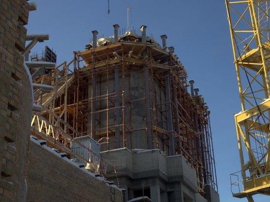 Семье рабочего, погибшего на строительстве Костромского кремля, окажут необходимую помощь