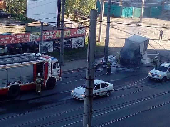 В Самаре на ул. Тухачевского сгорела «Газель»