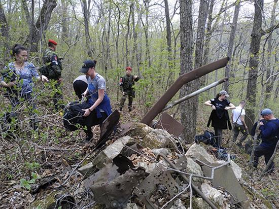 Американские и русские нашли под Владивостоком упавший самолет