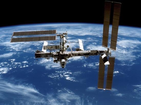 Космонавты на МКС сыграют в футбол в невесомости