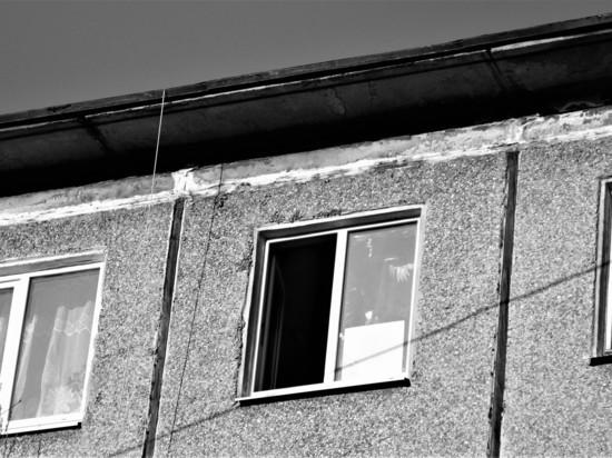В Сегеже маленький ребенок выпал из окна