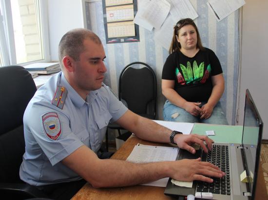 Две южанки обворовывали магазины Костромы с помощью детской коляски