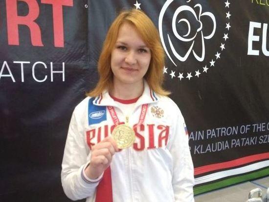 Чебоксарка Анастасия Александрова завоевала золото чемпионата Европы по гиревому спорту