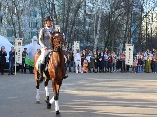 Фестиваль театров кукол «Рабочая лошадка» проходит в Набережных Челнах