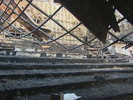 «Зимнюю вишню» сносят с уликами: кемеровачане против разрушения торгового центра