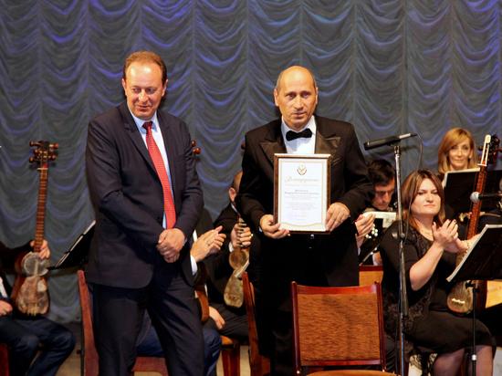 80-летний юбилей отметил Государственный оркестр народных инструментов РД