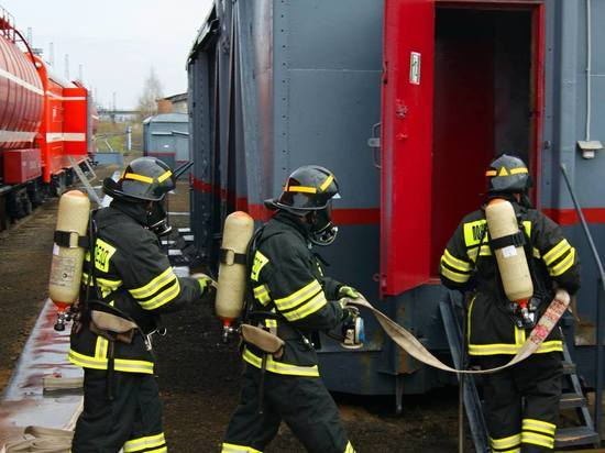 На СвЖД в состояние повышенной готовности приведены пожарные поезда